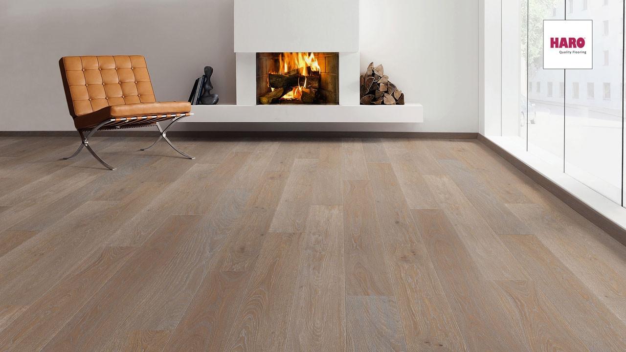 haro parkett serie 4000 eiche lavabraun gekalkt 4v landhausdiele parkett. Black Bedroom Furniture Sets. Home Design Ideas