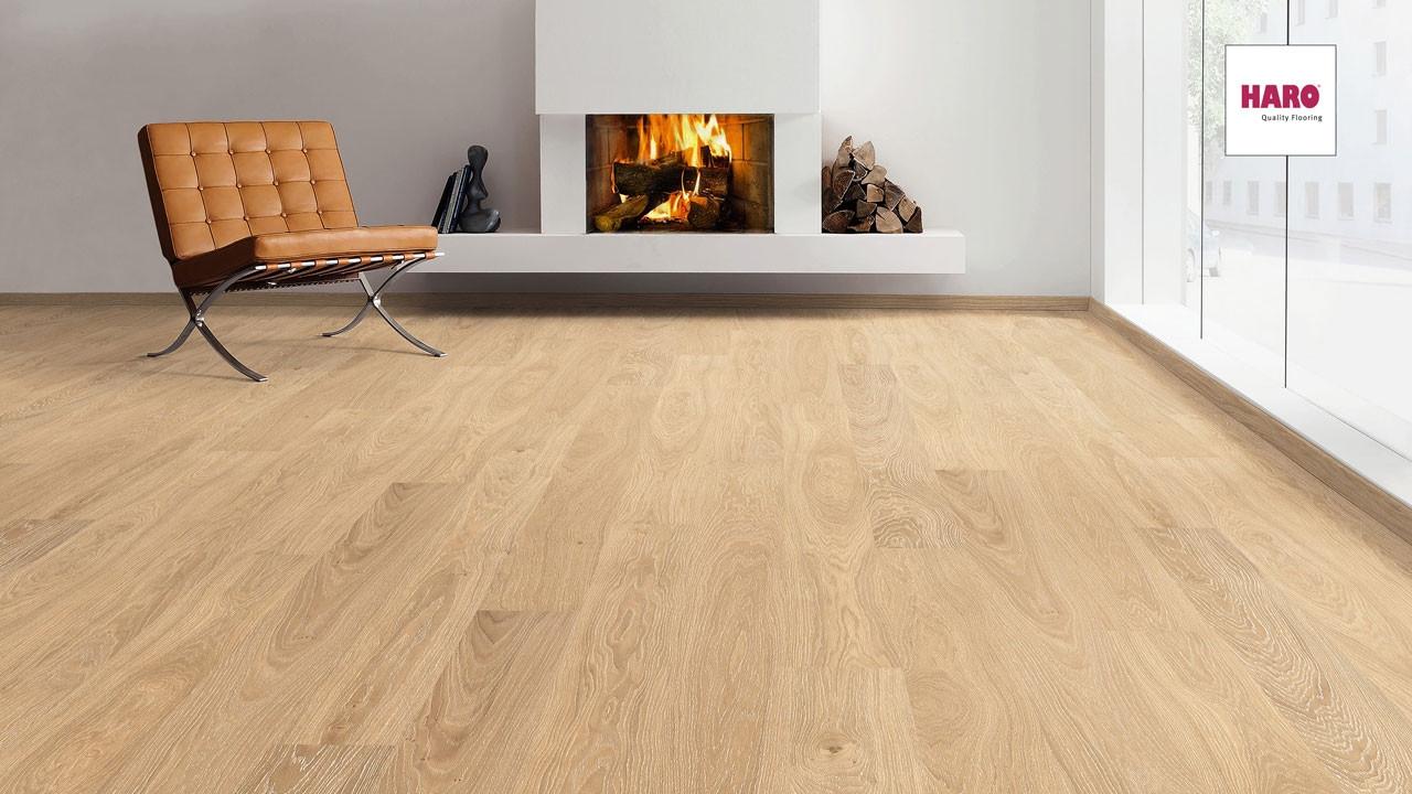 haro parkett serie 4000 eiche gekalkt strukturiert landhausdiele parkett. Black Bedroom Furniture Sets. Home Design Ideas