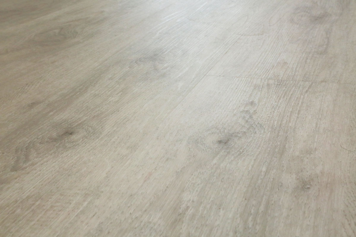 klick vinyl restposten esche wei objekt qualit t landhausdiele vinylboden. Black Bedroom Furniture Sets. Home Design Ideas