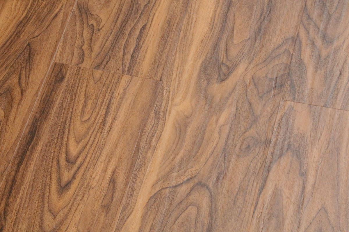 klick vinyl restposten nussbaum landhausdiele. Black Bedroom Furniture Sets. Home Design Ideas