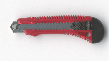 Cuttermesser aus hochwertigem Kunststoff