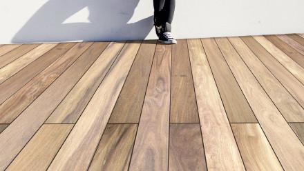 TerraWood Holzterrasse - CUMARU CHAMPAGNE PRIME 21 x 145 beidseitig glatt