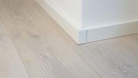 Außenecken selbstklebend für Fußleiste F100202M Modern Weiß 18 x 80 mm