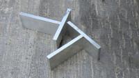 planeo T-Fugen Distanzstück aus Aluminium für HPL-Terrassen