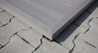 planeo WPC-Winkelleiste hellgrau für Terrassendielen - 2.2m