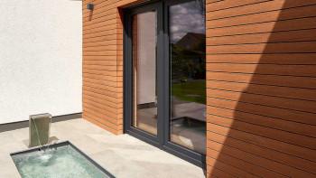 planeo Fassado - WPC Rhombusleiste Fassadenverkleidung Bernsteinbraun