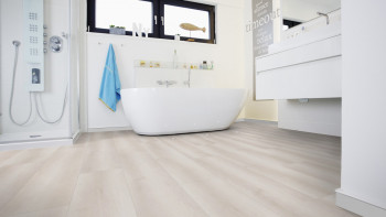 Wineo 500 large V4 - Smooth Oak White